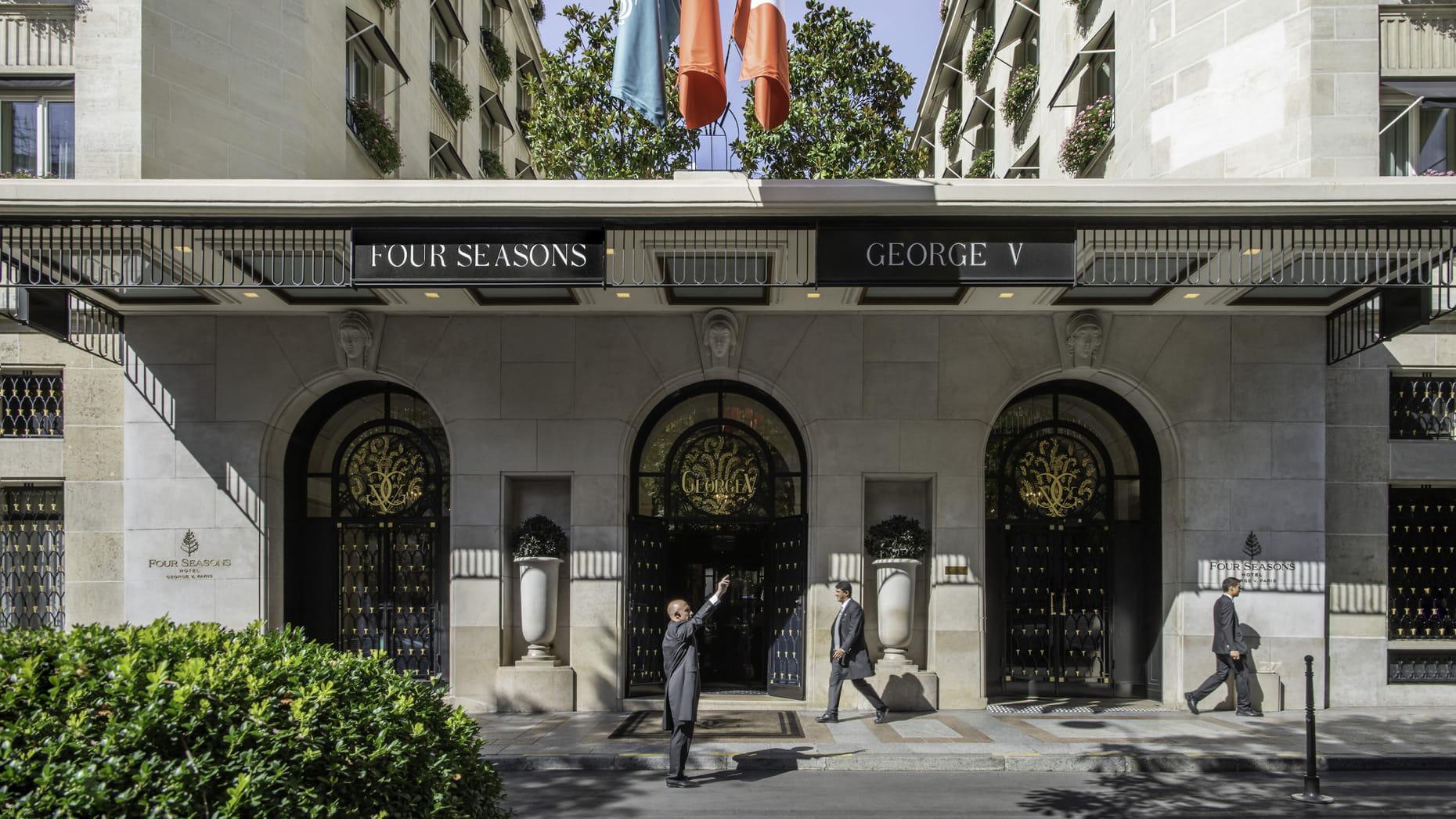 Four Seasons Hotel George V, Paryż