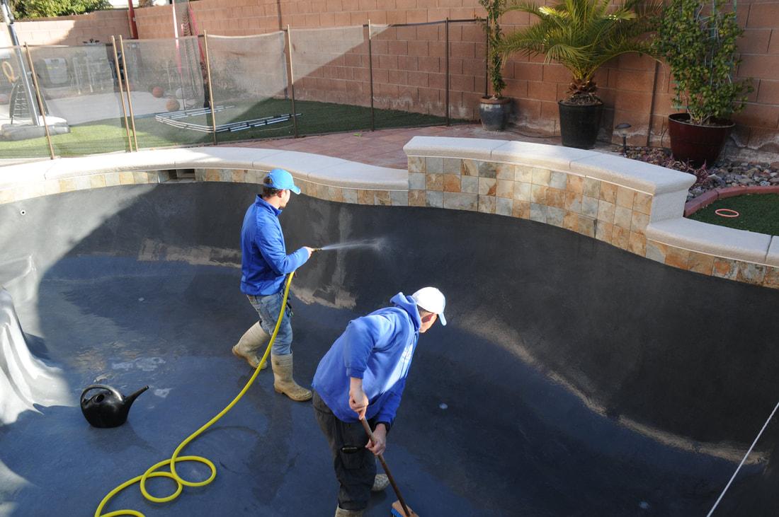Acid / Chlorine Wash of a Las Vegas Pool