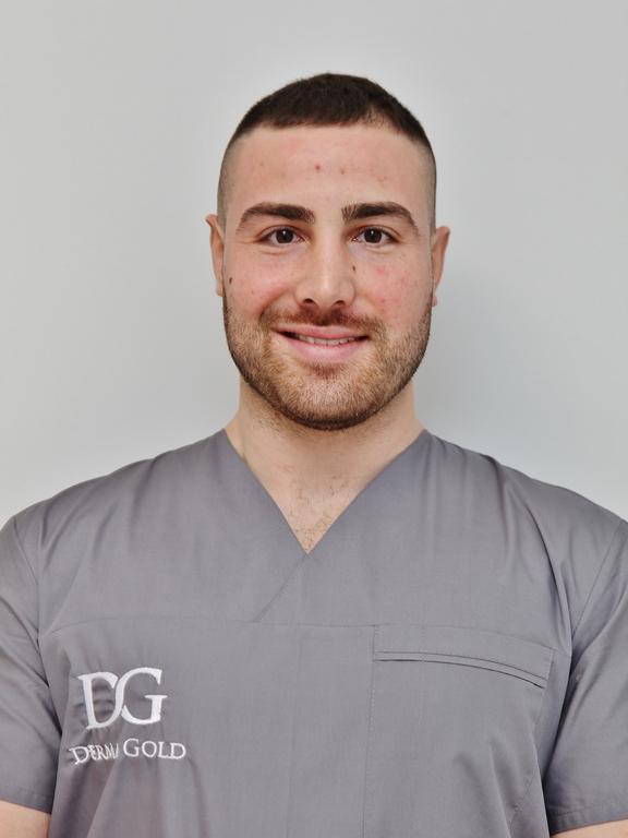 Д-р Перистерев - Лекар