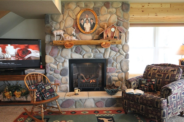 Fireplace in the sitting area with a view of Leech Lake.