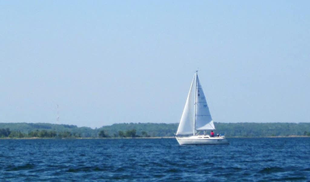 A sailboat on the lake