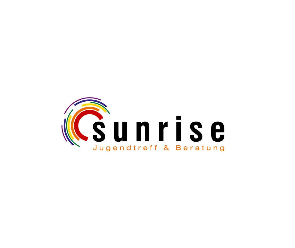 Das Bild zeigt das Sunrise Logo, welches aus einem schwarzen Schriftzug und bunten Kreisen besteht