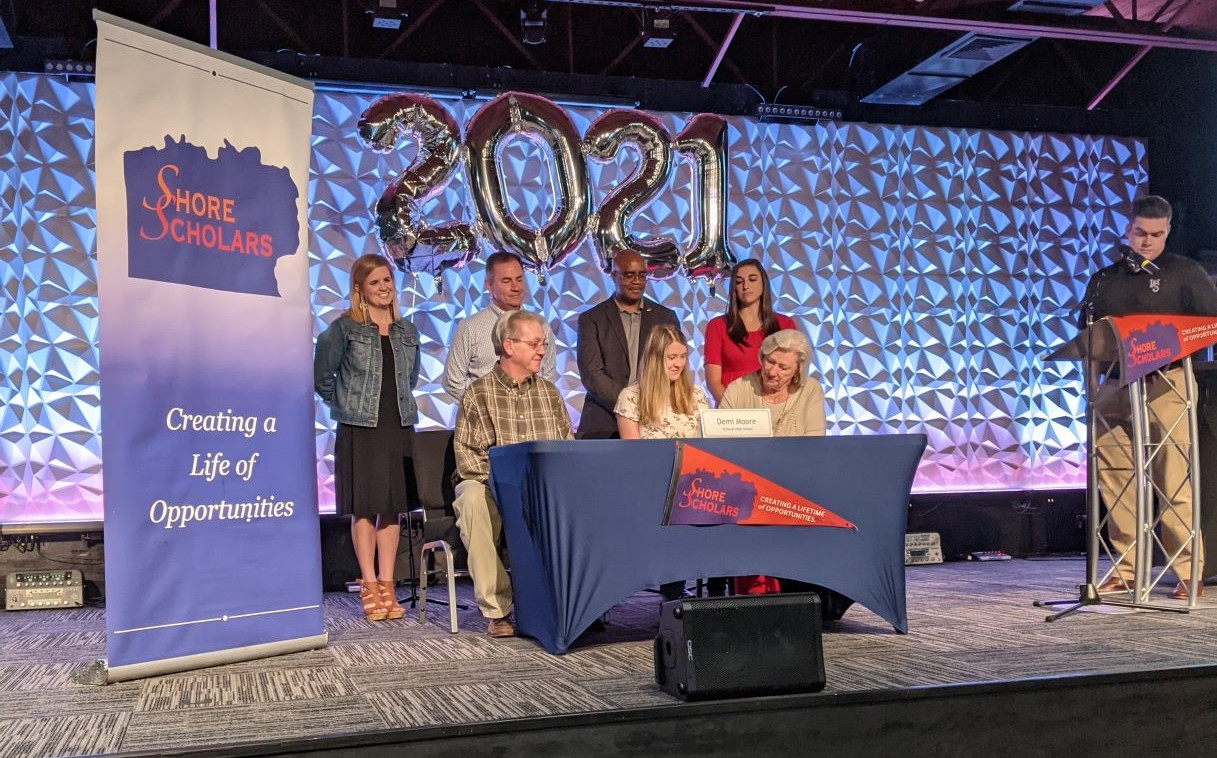 Congratulations to our 2021 Shore Scholars!
