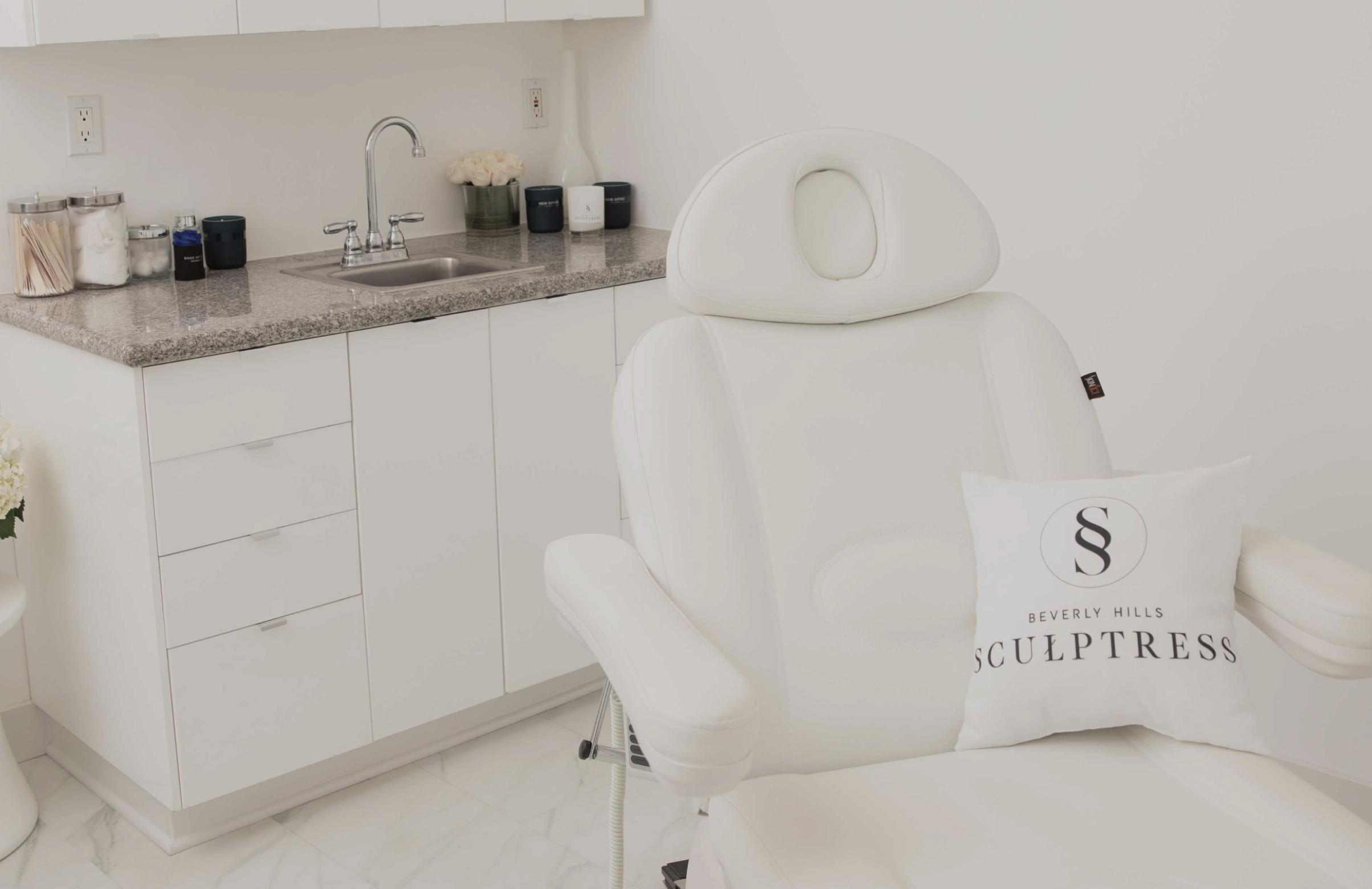 Beverly Hills Sculptress Clinic Video