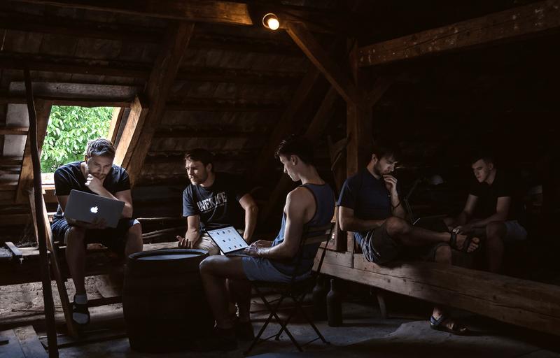 Fotka týmu Ents.co z roku 2016