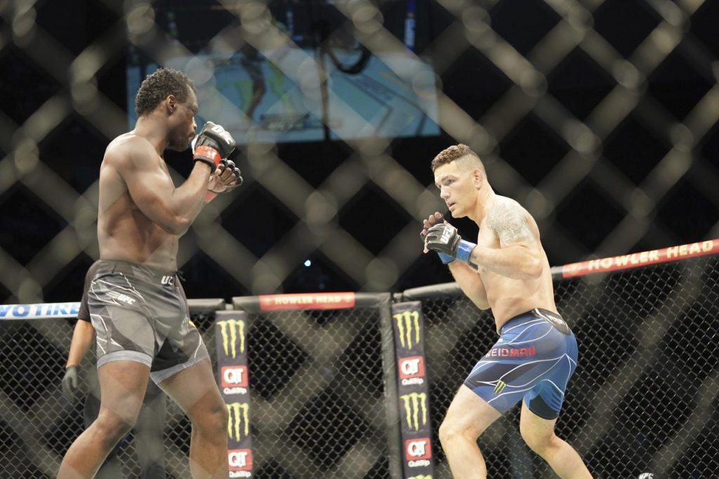 UFC announced plans to launch its own blockchain-based fan token with partner Chiliz Tuesday. Up to 20 million of the $UFC tokens will go on sale at Socios.com, offering holders access to a variety…