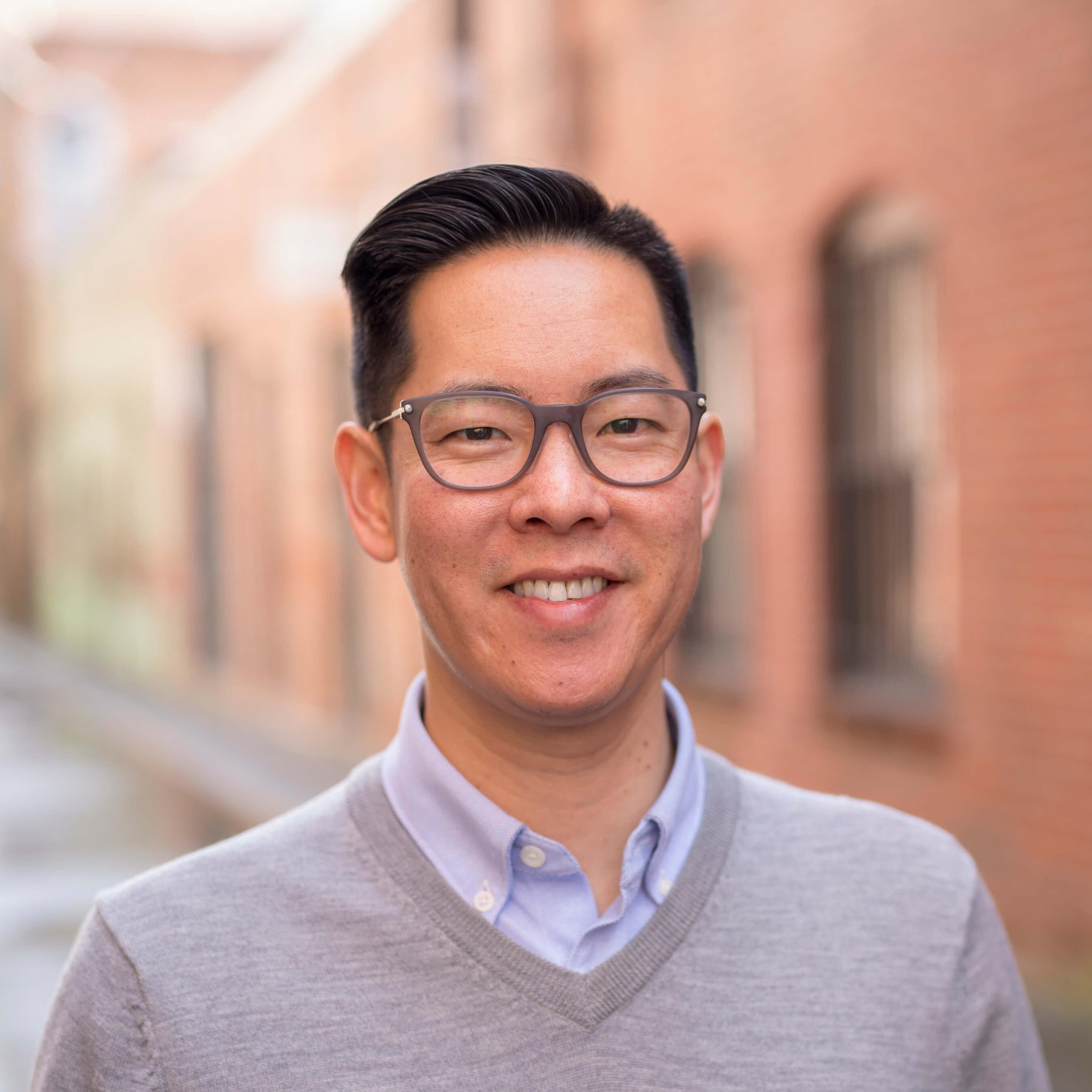 Eric Woo, CFA