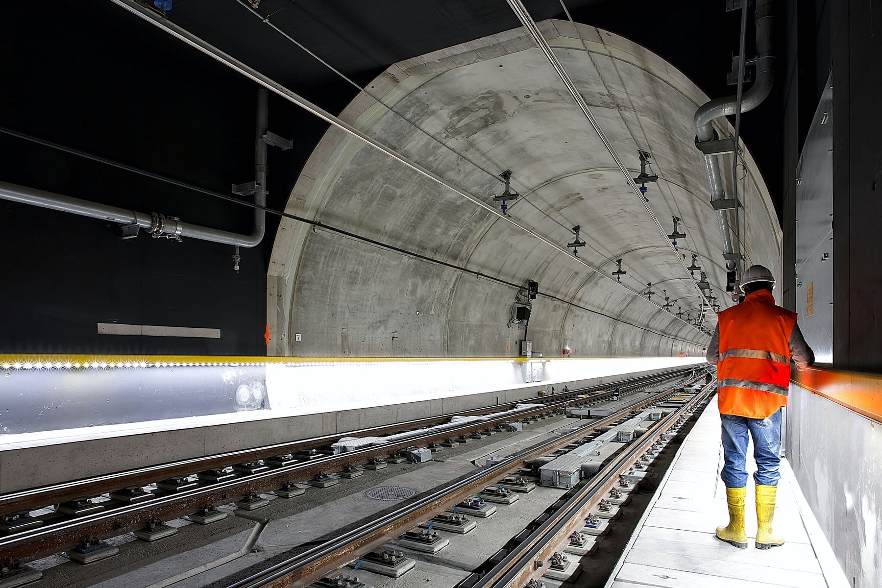 tunnel project for public infrastructure