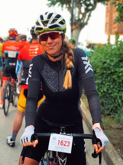 """Jara Mionchot """"Las posibilidades de este valle hacen que me muera de ganas de volver a disfrutarlo con mi bici!"""""""