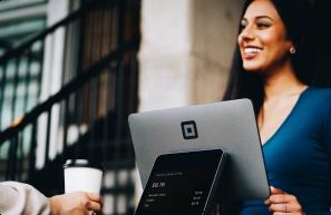 Kundenschulungen und starke Partnerschaften durch digitale Bildung