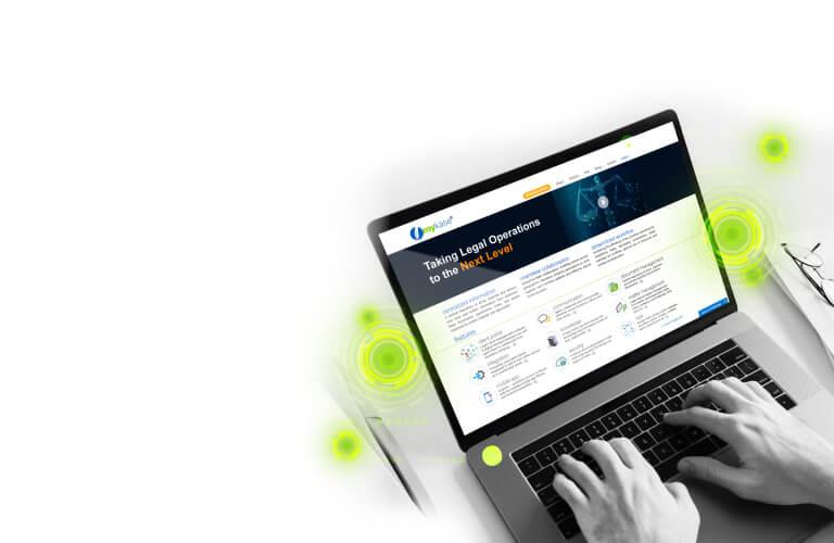 myKase_ laptop with mykase site open_T