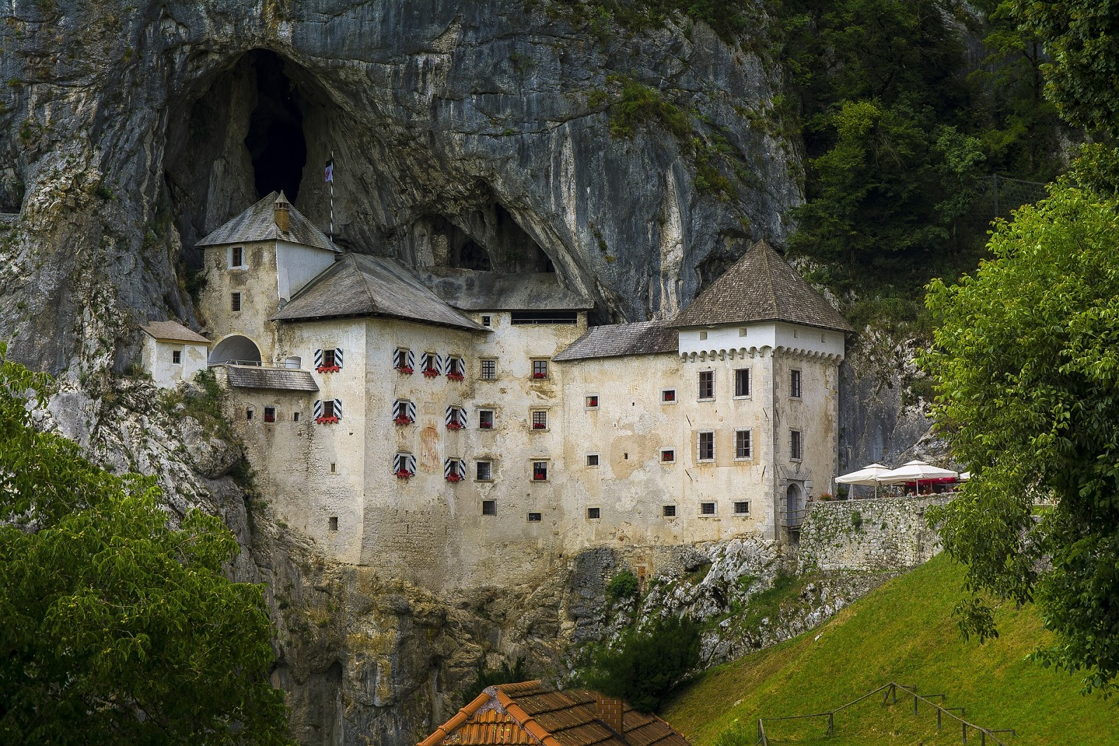 Visiting Slovenia - Seaside Castles and Countryside Wineries