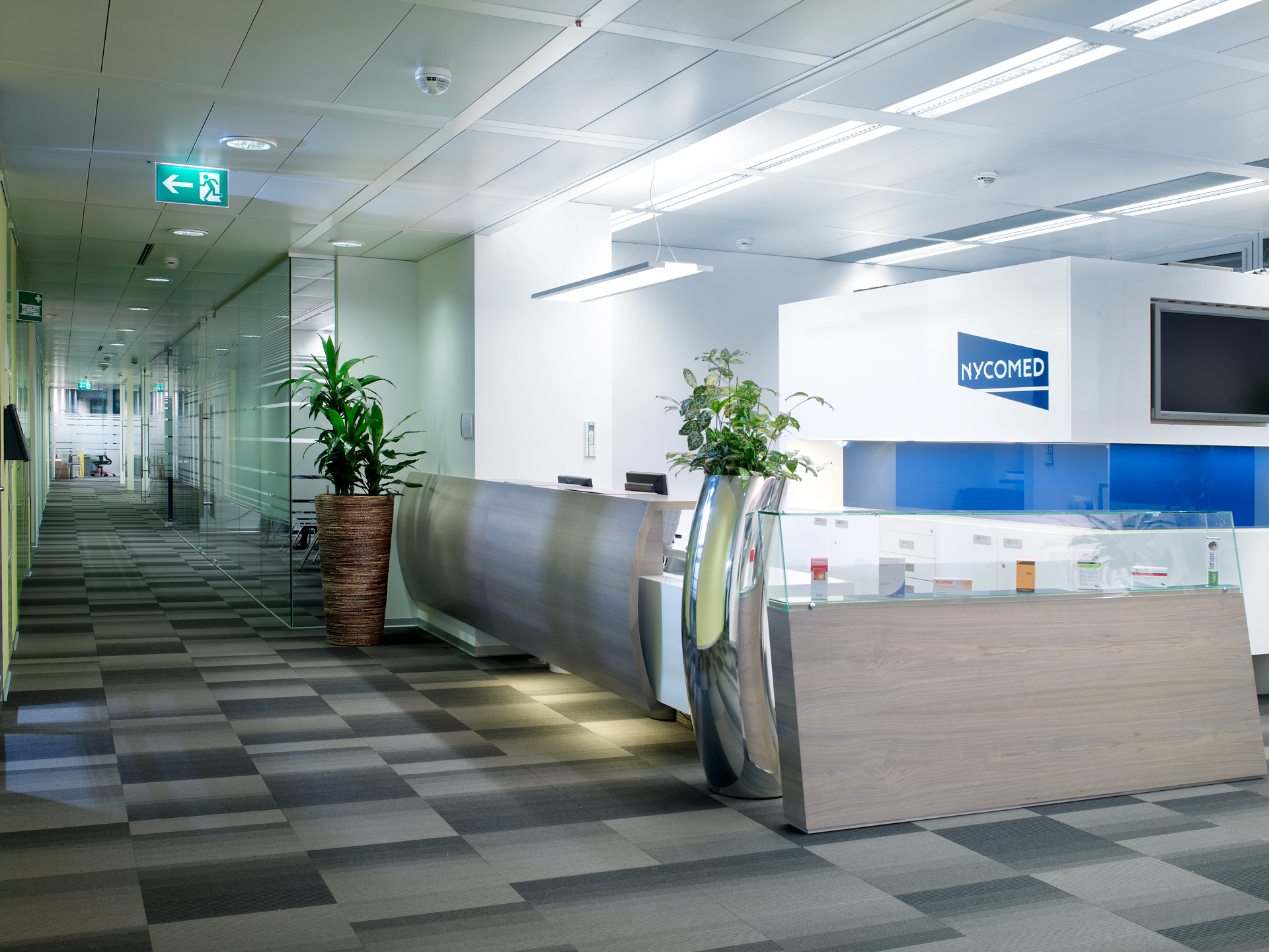 Empfangsberiech im Büro Nycomed Pharma, designed von Studio Thörnblom