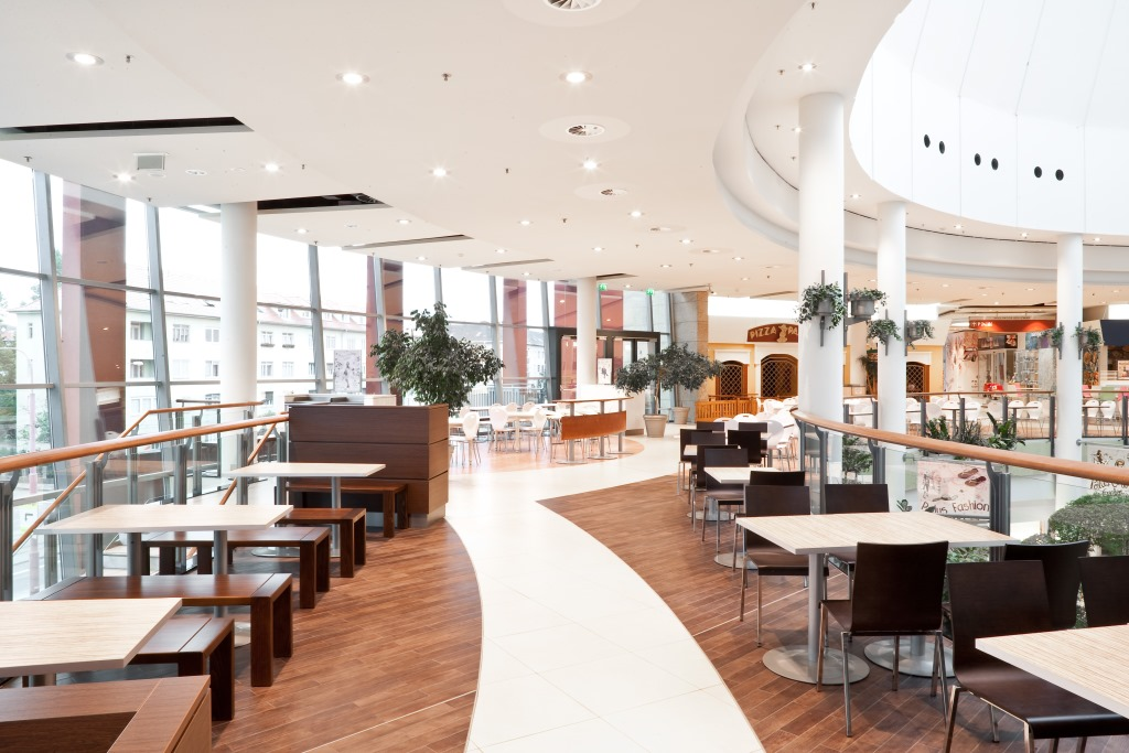 Foodcort im Polus City Center, designed von studio Thörnblom