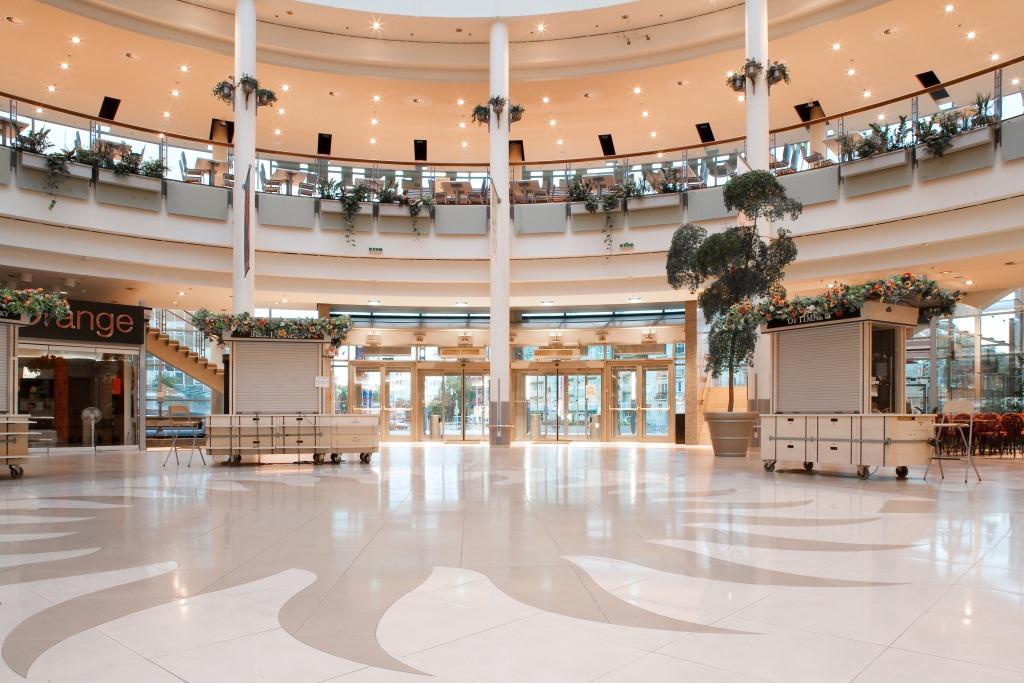 Detailshot des Innenbereichs des Polus City Center, designed von Studio thörnblom