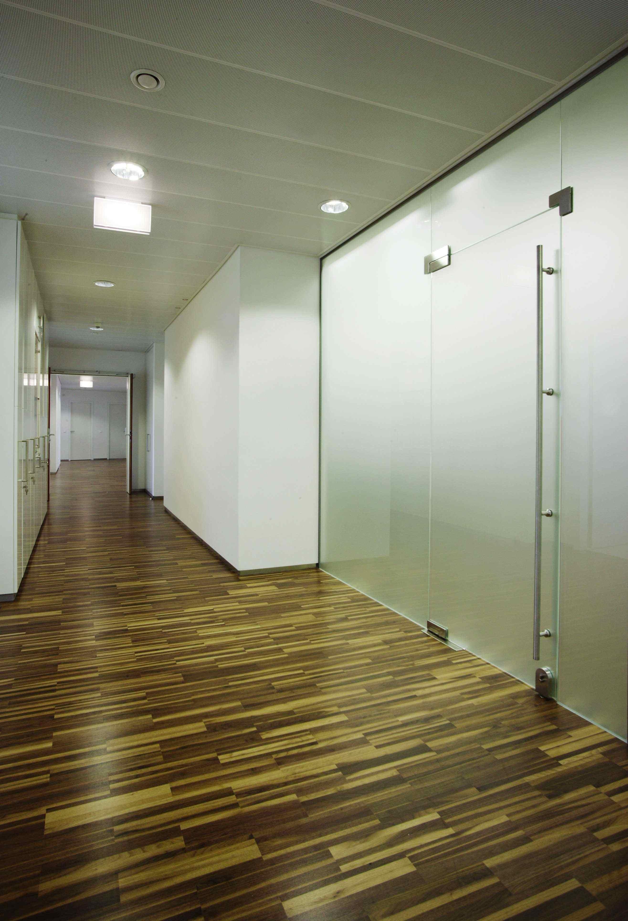 Gang in der Care Acydemy, designed von Studio Thörnblom