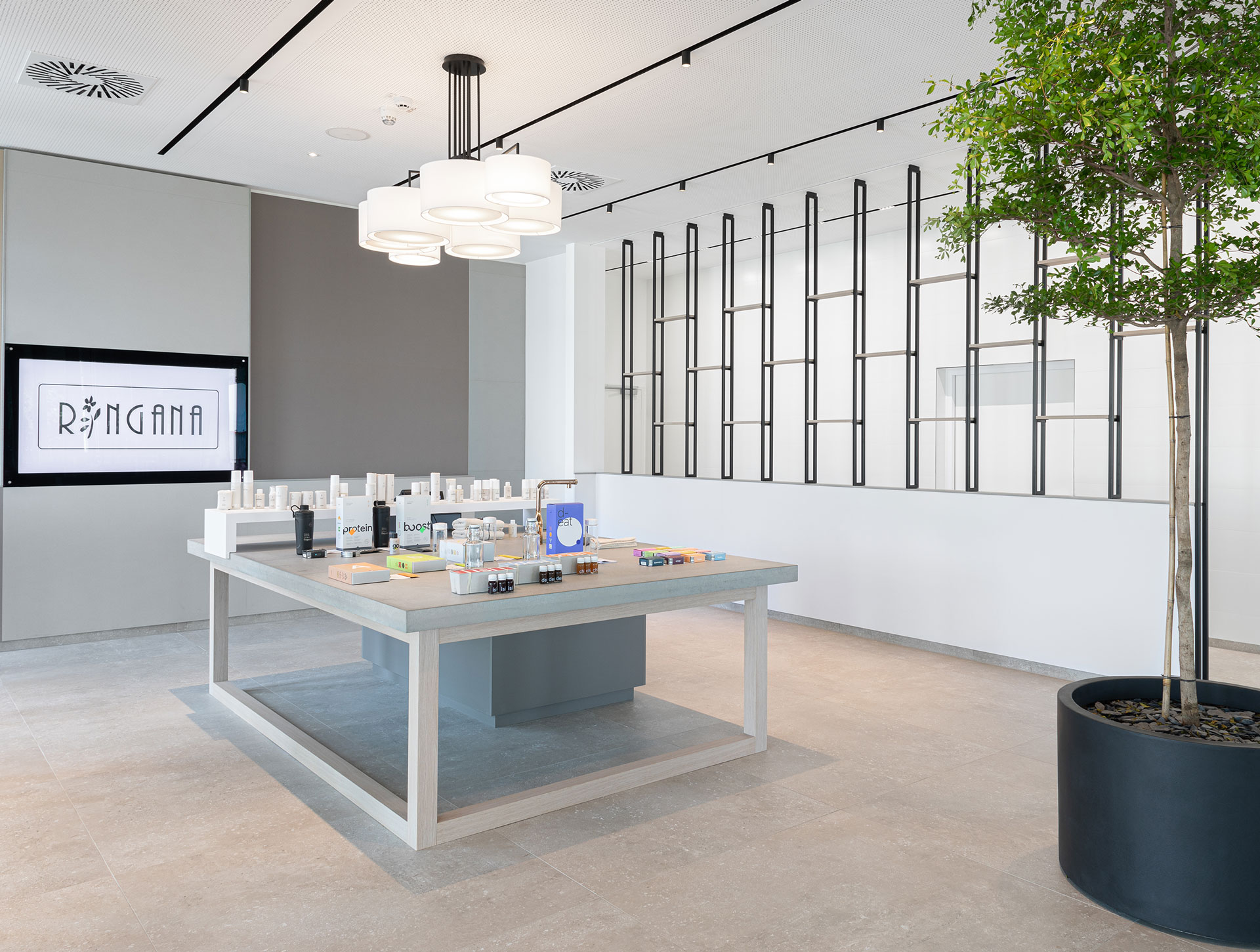 Ringana, interior design, design, innenarchitektur, shop design, präsentationstisch, designed von studio thörnblom
