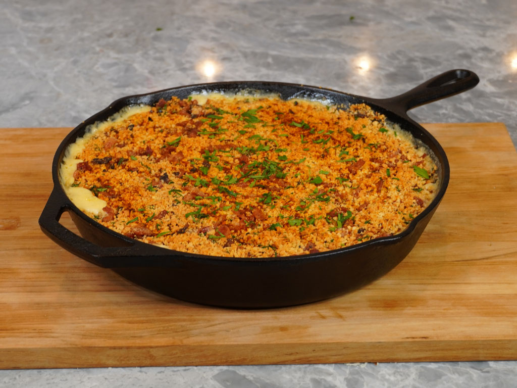 4 CHEESE + BACON Mac & Cheese (Perfect for Thanksgiving!)