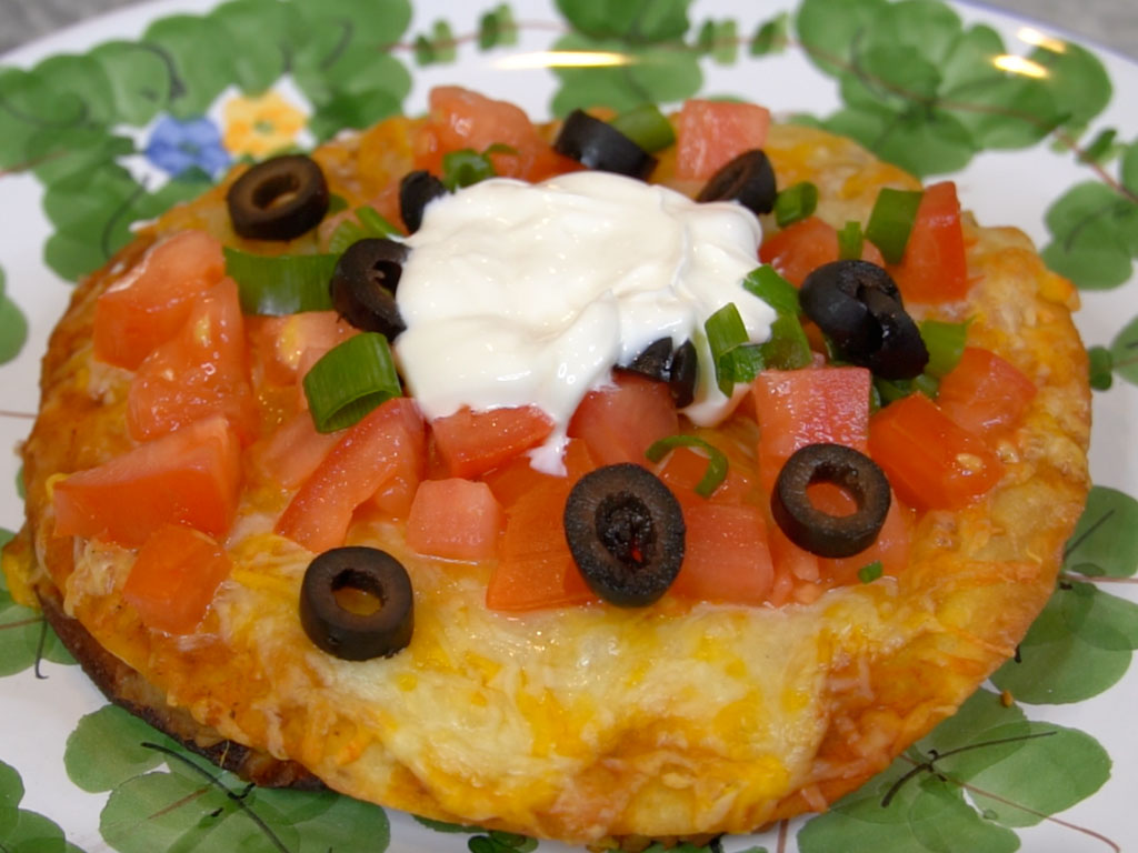 How To Make The Mexican Pizza Better Than Taco Bell (RIP)