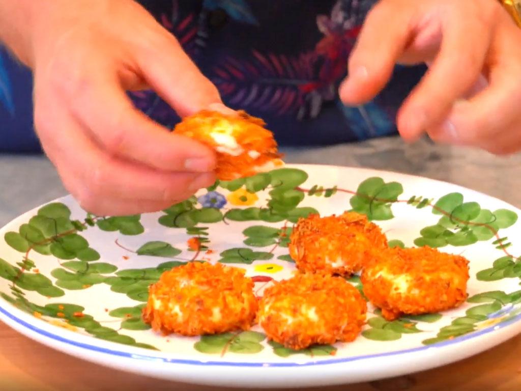 Doritos Babybel Cheese Bombs (EASY & FAST Food Hack)