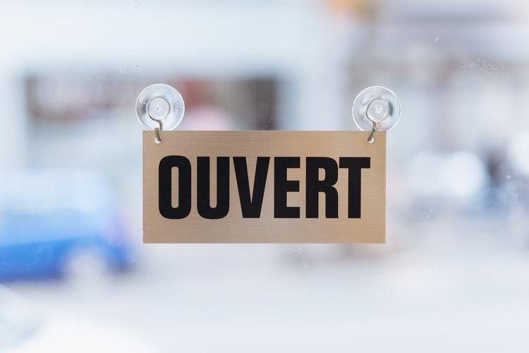 pancarte ouvert