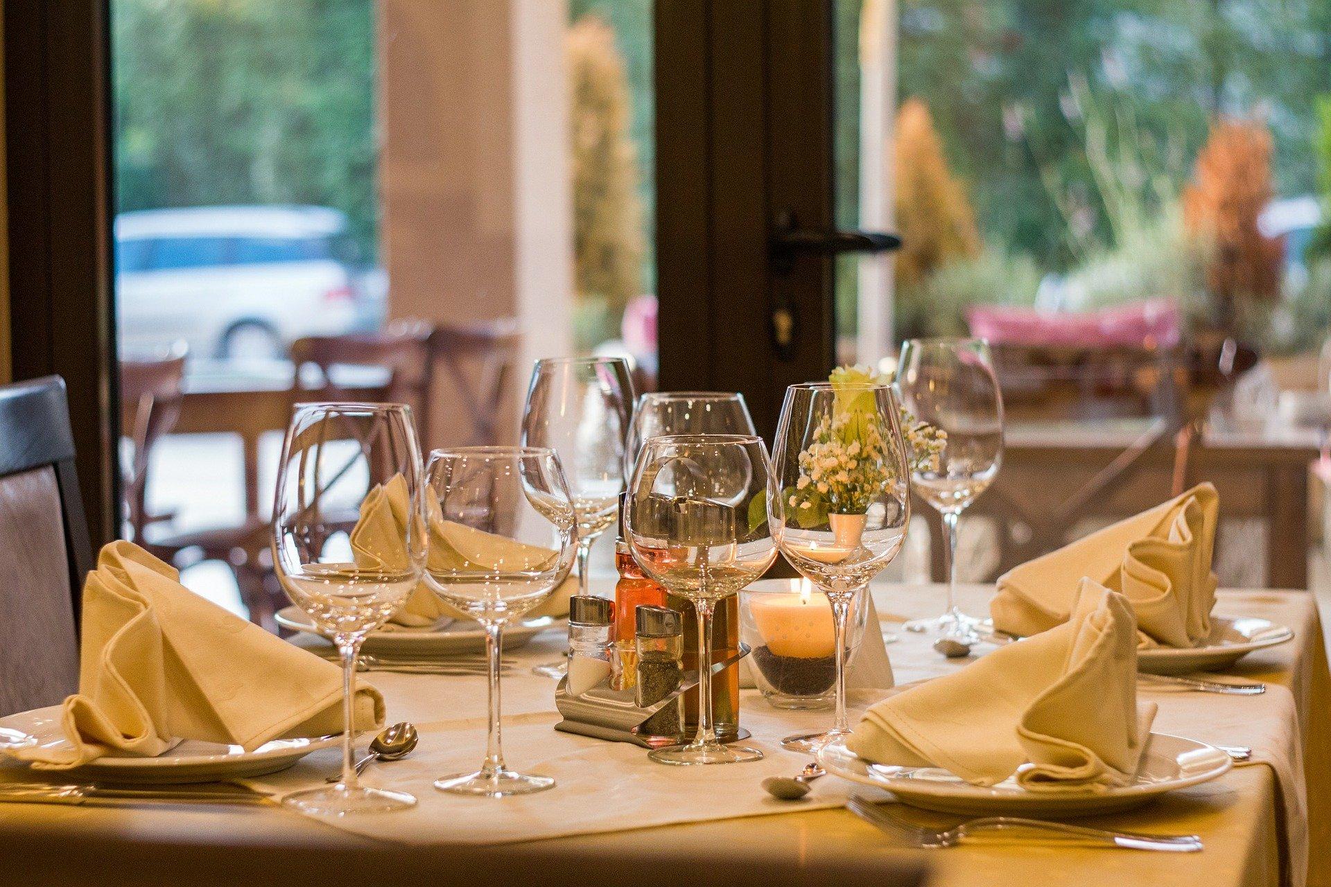 table restaurant
