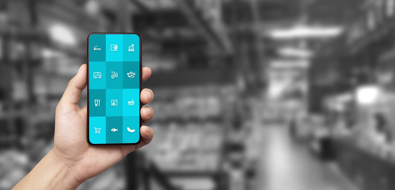 """Smartphone mit ReAct """"Call to action"""" App für den Einzelhandel."""