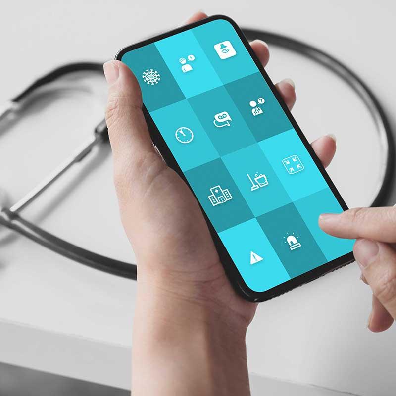 """Smartphone auf dem die """"Call to action"""" App für den Gesundheitsbereich läuft."""