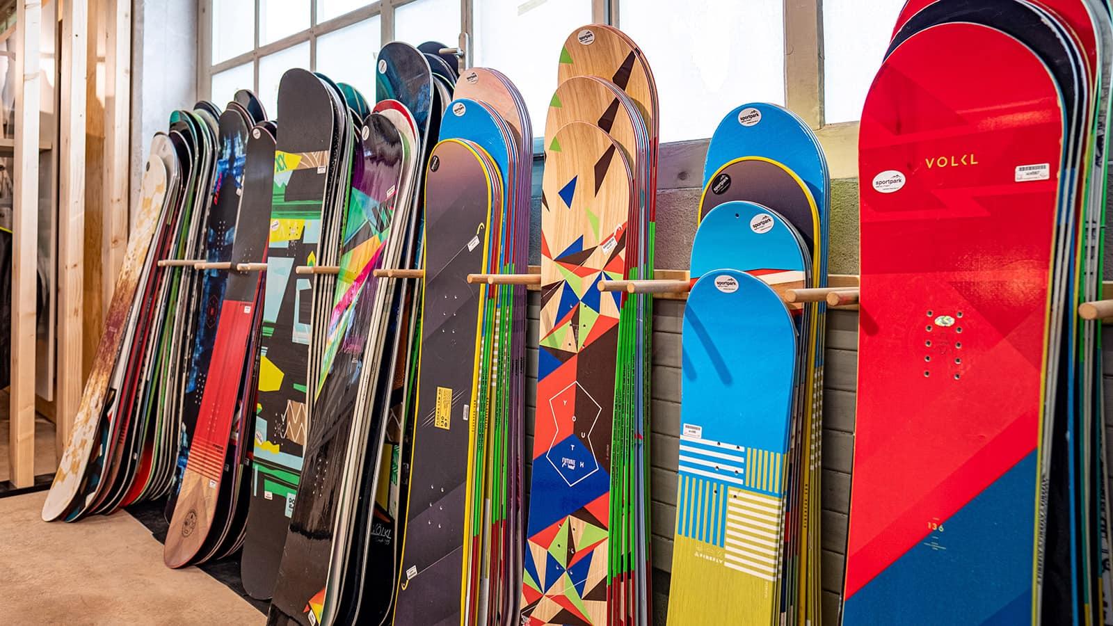Sportpark Aare-Rhein Vermietung Wintersport Snowboards