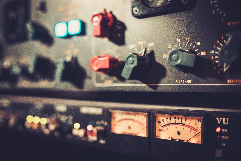 Compressor and mastering module