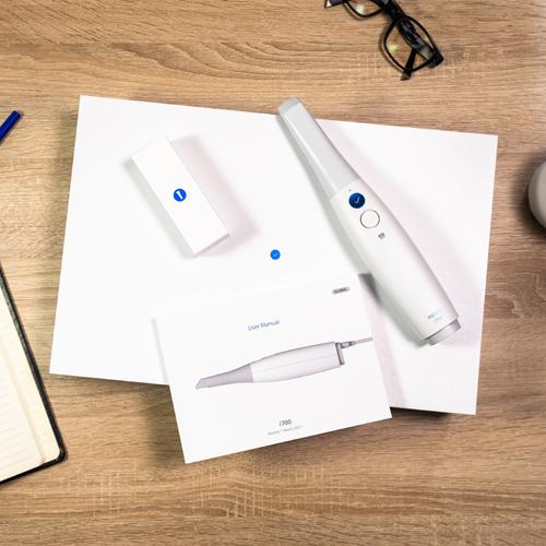 Le scanner Medit i700 et son packaging par Medit et 3D TOTEM.
