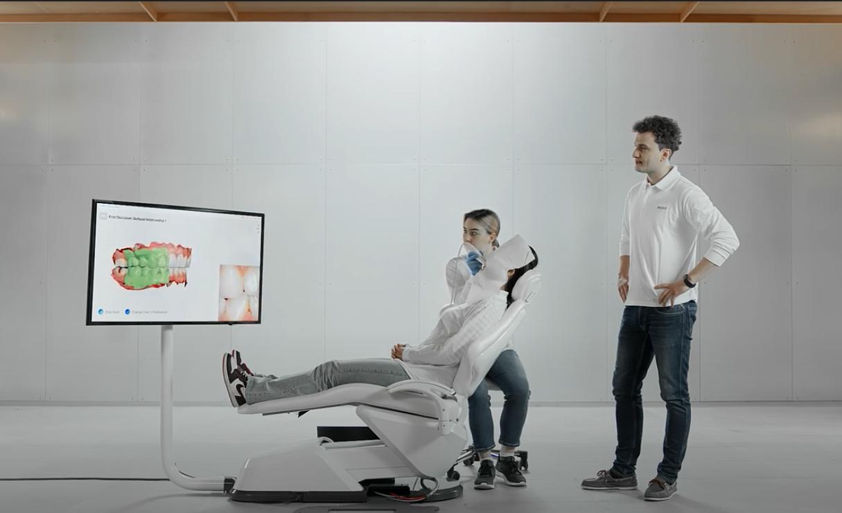 Scanner intra-oral, Medit i700 pour les prothésistes dentaires. Le meilleur moyen d'équiper vos partenaires.