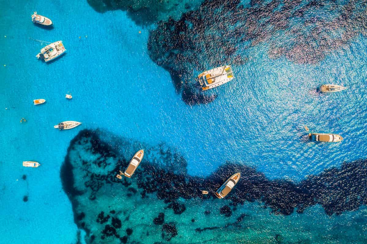 catamarano al parco nazionale del vesuvio