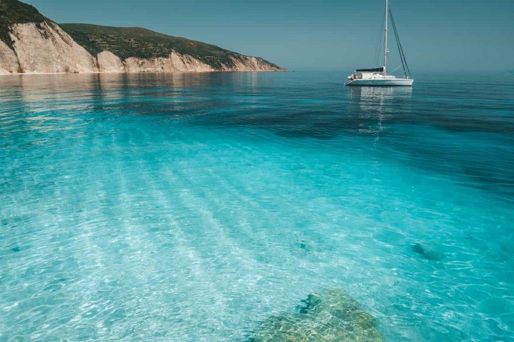 viaggiare-in-catamarano