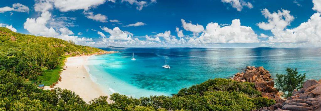 vacanze-in-catamarano-alle-isole-eolie