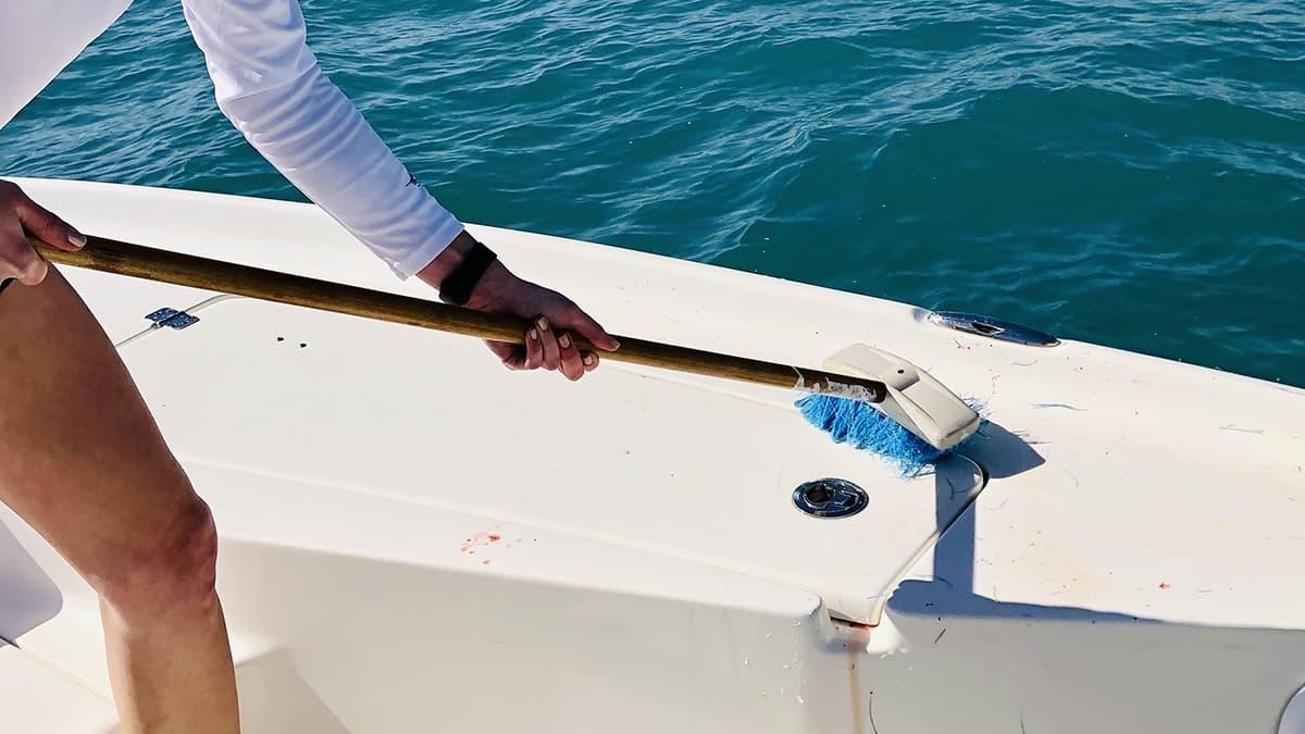 lucidatura-barca