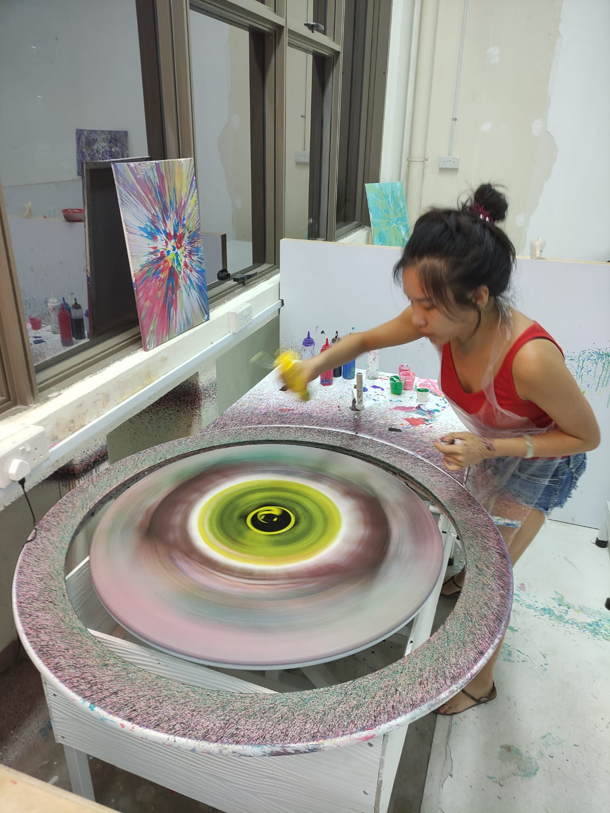 Spin Paint House spin tables