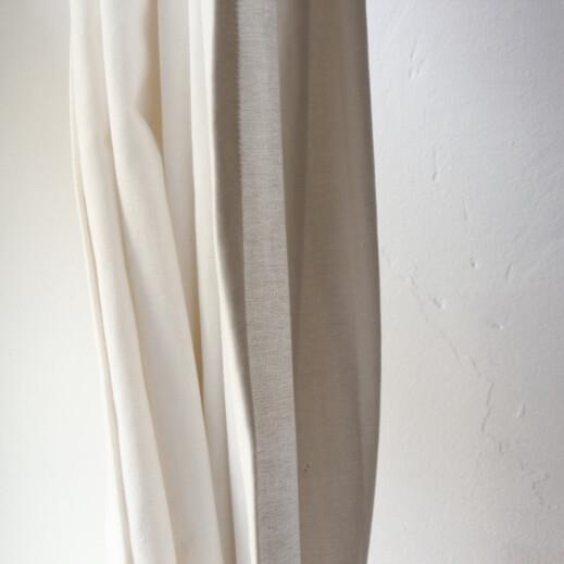 Ein Vorhang