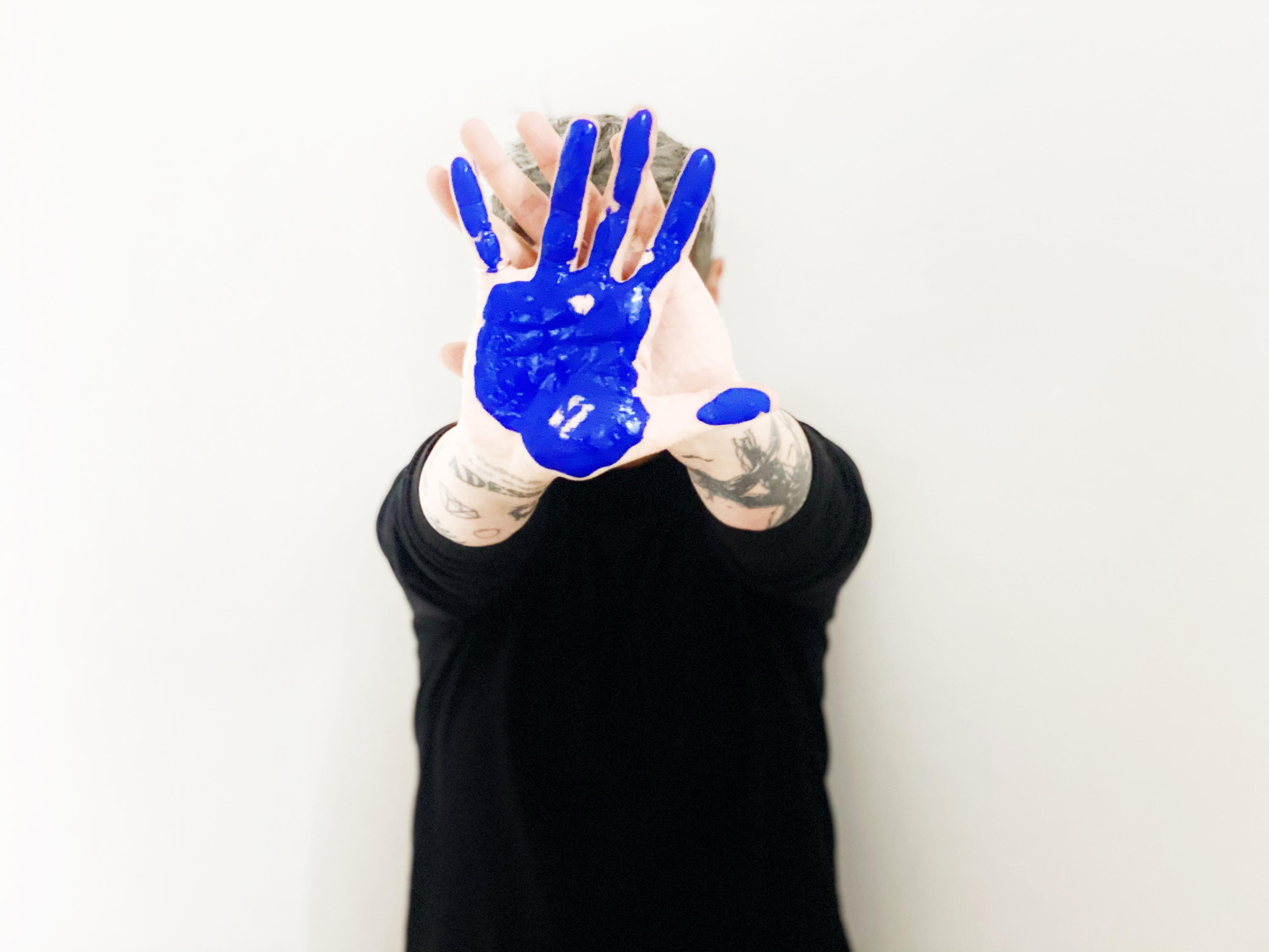 Serena Maisto, artista di Lugano, Svizzera.