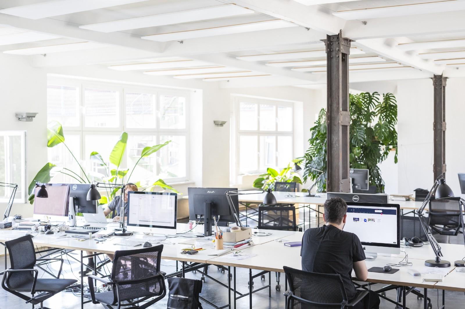 Smart office workspace