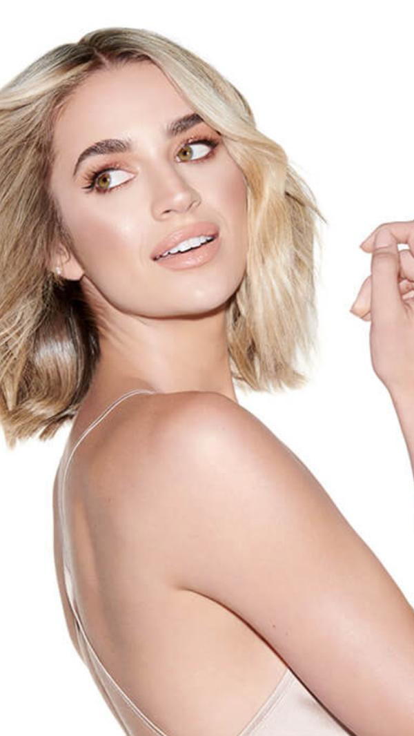 Allie Ayers - SI Swimsuit Model, Wilhelmina Model, Modeling Coach, Entrepreneur