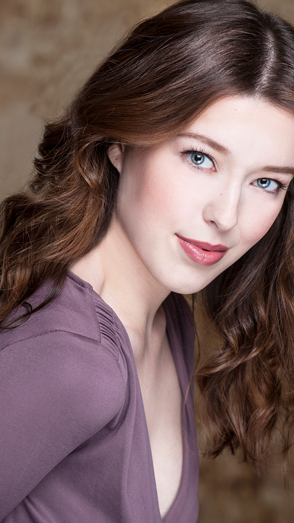 Kelly Lamb - Actor, Acting Instructor, Model, Acting & Modelling Coach