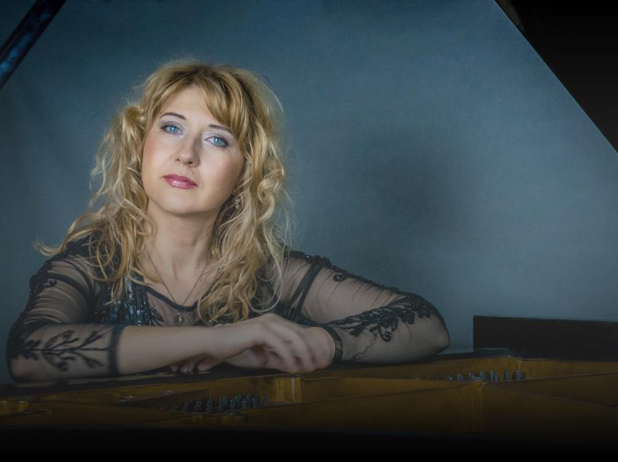 Katarzyna Vernet - concert pianist profile picture