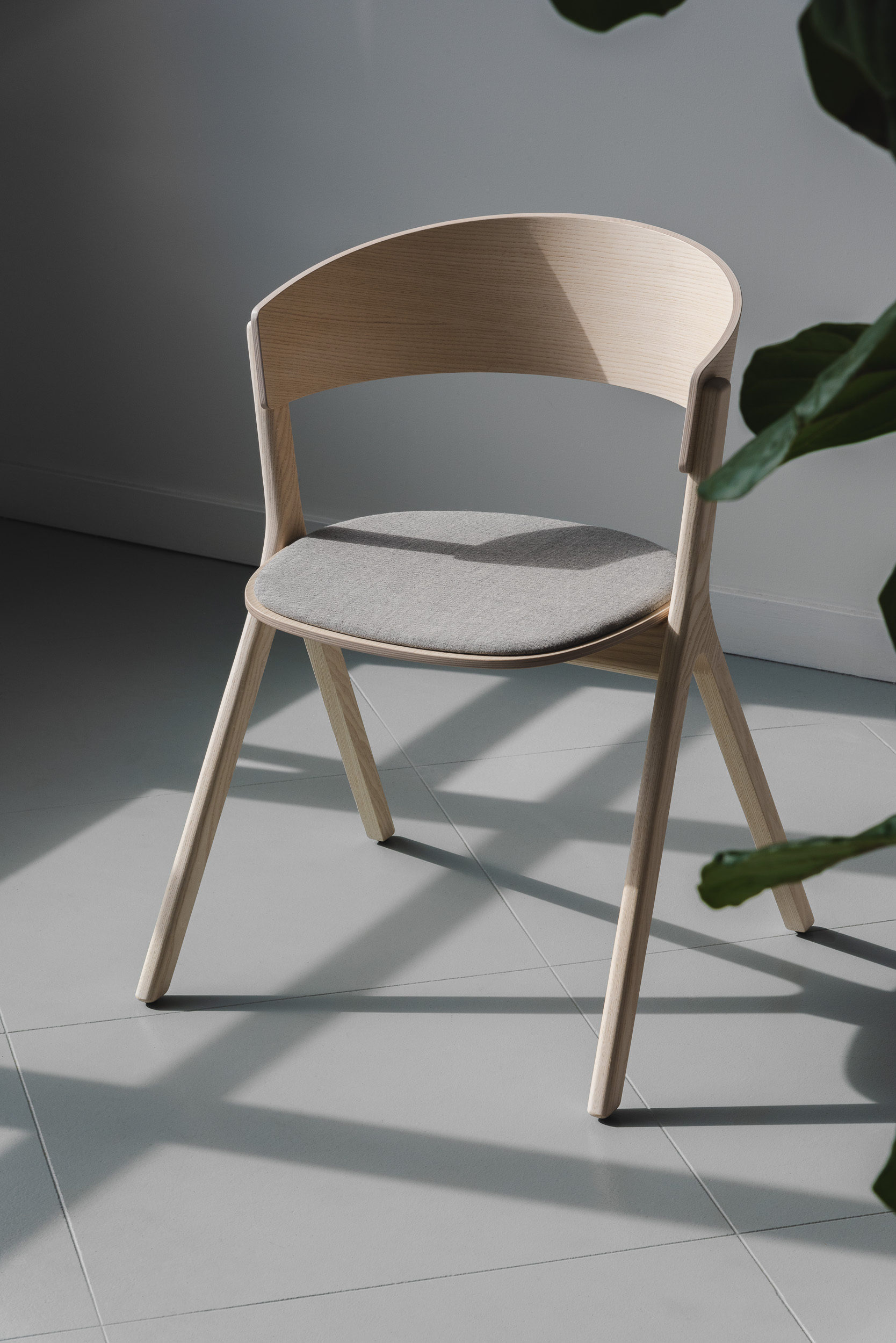 edits design circus dining chair white ash seat pad upholstery