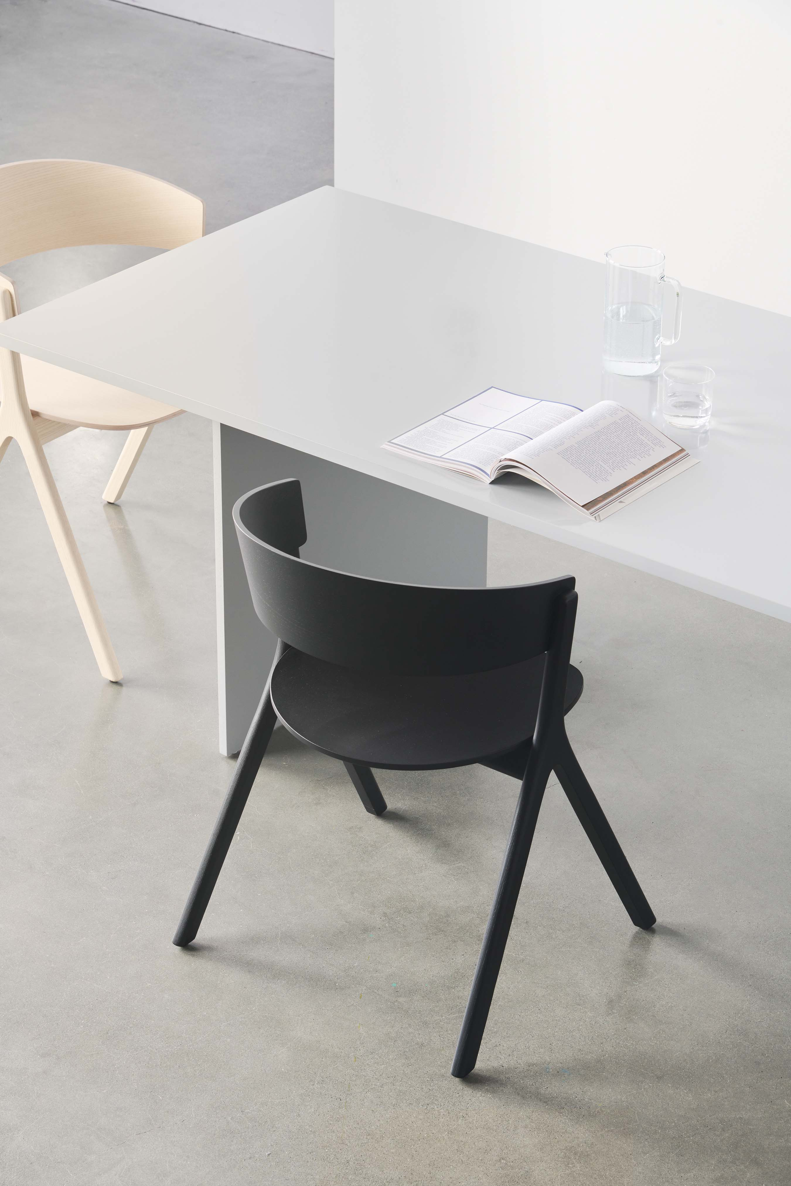 edits design circus dining chair black ash