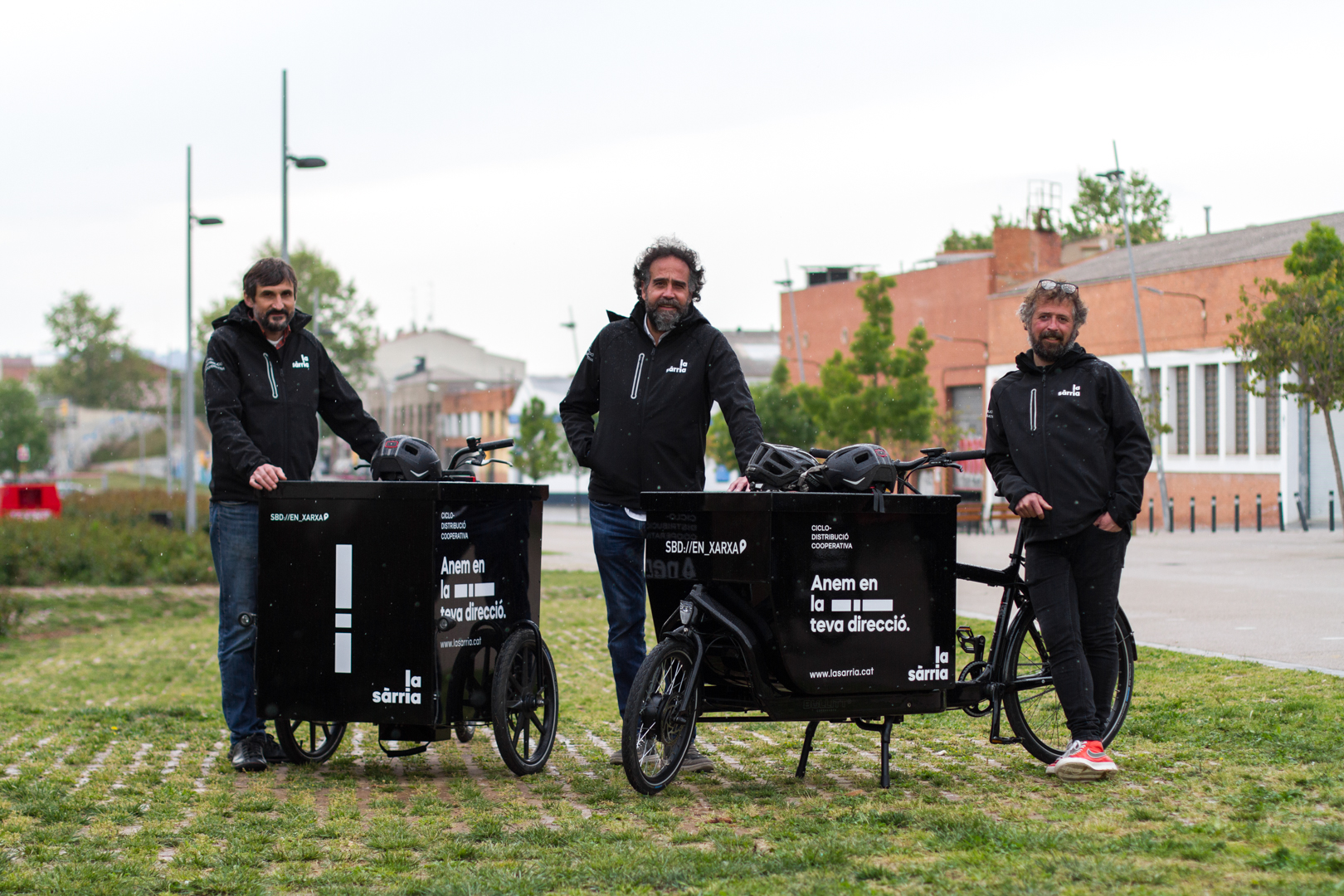 Foto dels 3 socis fundadors de la cooperativa.