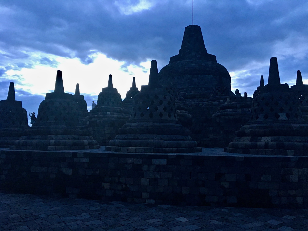 Unfortunately, the horizon was shrouded in clouds so we didn't see the direct sunlight on the temple.