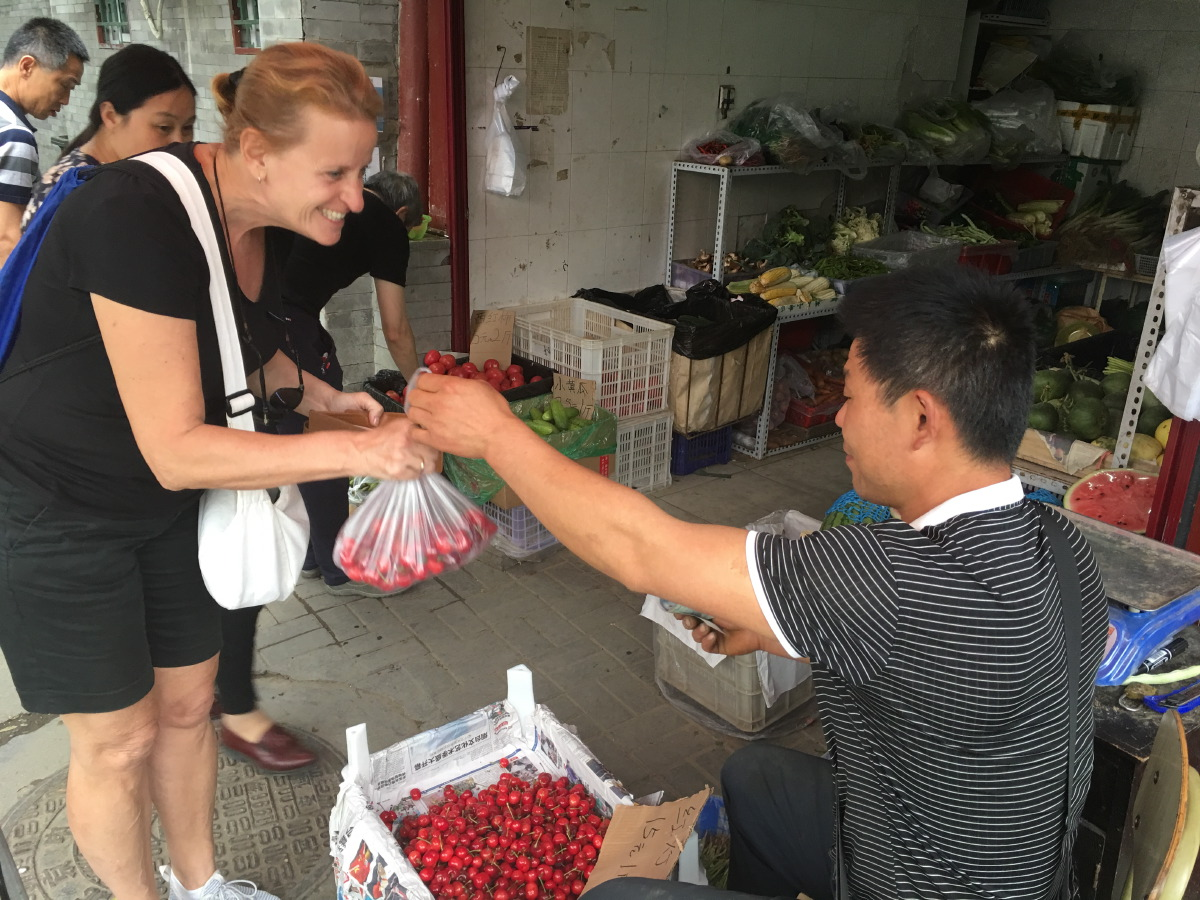 Buying cherries (frightfully expensive in SIngapore)