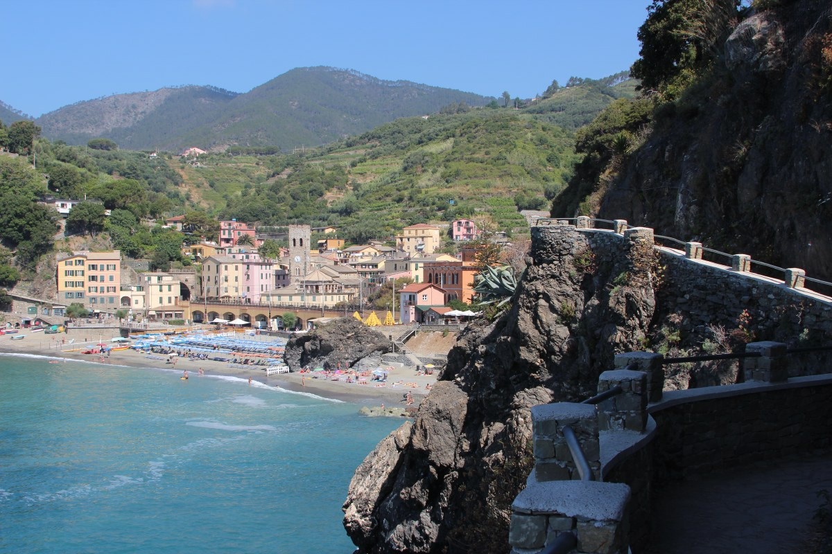 Walking the trail from Monterosso to Vernazza. Actually, it was too hot for that, but anyway...