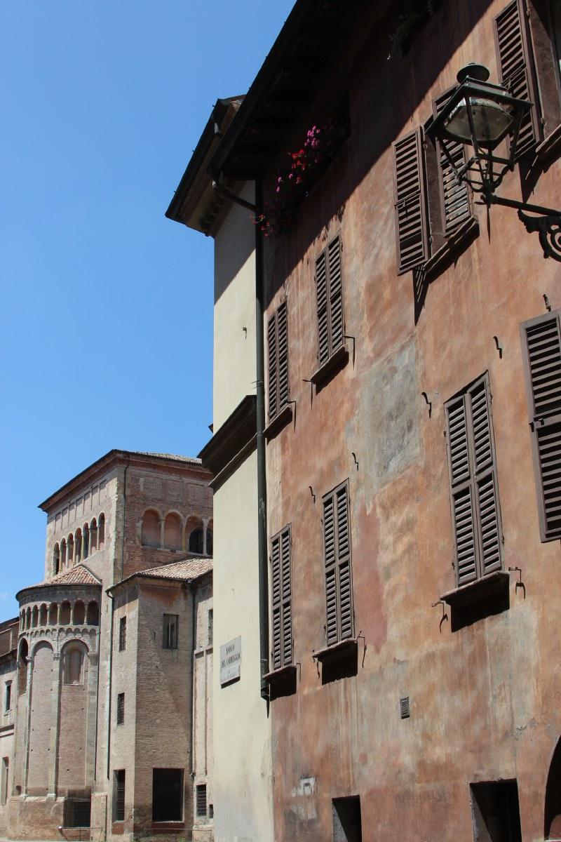 Parma. Dead. Hot!